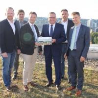 v.l.n.r. Lars Schmidt, Michael Nied, Minister Peter Hauk, Steffen Rathke, Jörg Keller, Denny Ohnesorge<br><span style='float:right; font-size:11px;font-weight:normal;'>© MLR Baden-Württemberg</span>