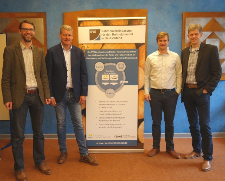 Prof. Dr. Tobias Cremer, Wolf-Georg Fehrensen, Sebastian Schüller, Klaus Jänich (v.l.n.r.)