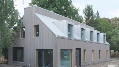 Preisträger Jona´s Haus<br><span style='float:right; font-size:11px;font-weight:normal;'>© © Architekten: haus.architekten Partnerschaft mbB, Berlin Fotograf: Oliver Bruns</span>